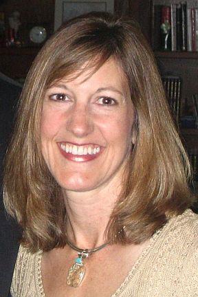 Suzanne Adams, alumni