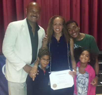 Robin Stone, HAS graduate, with her family